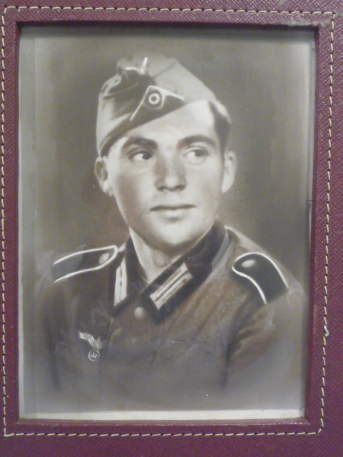 Original WWII German Army Soldier�s Framed Photograph