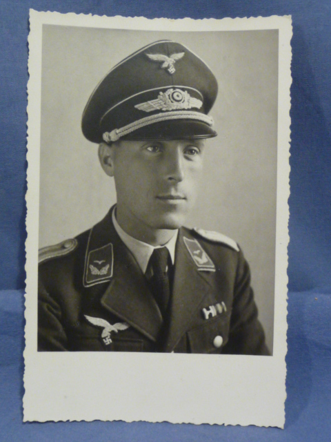 Original WWII German Photograph, Luftwaffe Officer