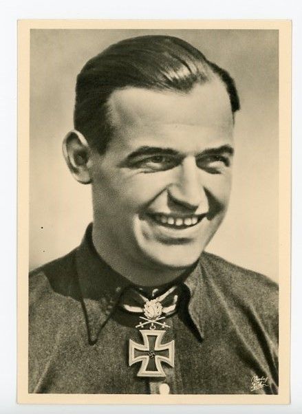 Original WWII German Personality Postcard, Hauptmann B�r
